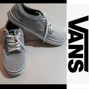size 8.5 men's Vans Off the wall running shoes